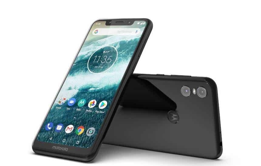 Motorola One chega ao Brasil com Android One por 1.500 reais