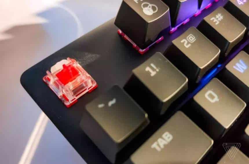 Reprodução hyperx anuncia teclado com botão switch próprio - 20190528085728 - HyperX anuncia teclado com botão switch próprio