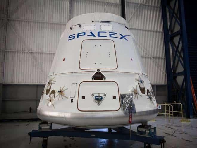 SpaceX vai enviar uma cápsula à Estação Espacial Internacional nesta sexta-feira. Confira ao vivo!