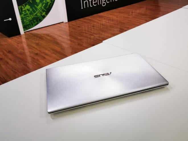 Review do Zenbook 14: a configuração entrega o que promete. Mas a tela fica devendo