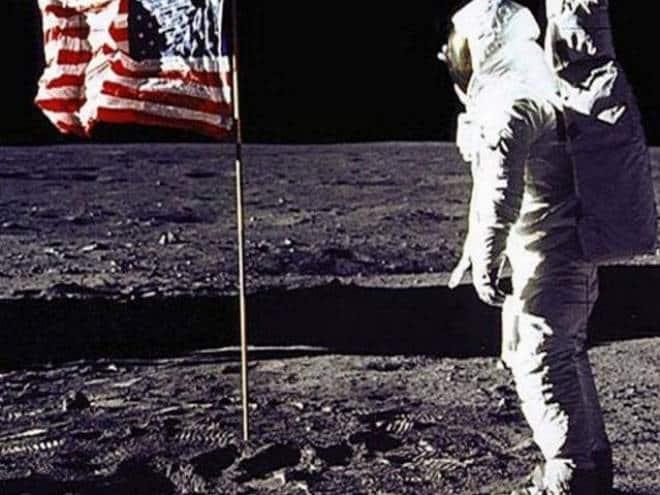 As imagens da Lua que ninguém viu