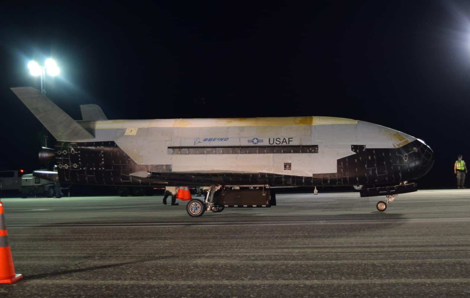 Avião espacial dos EUA retornará ao espaço em maio