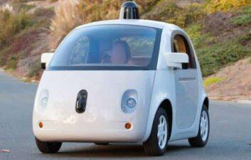 Google quiere el apoyo de los fabricantes para su proyecto de coche autónomo