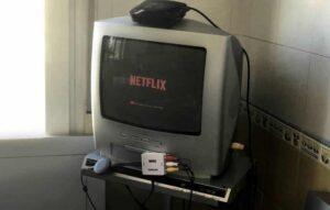 Como transformar uma TV de tubo em smartTV