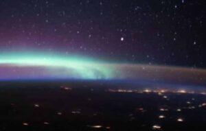 Cosmonauta registra imagens de objetos voadores não identificados