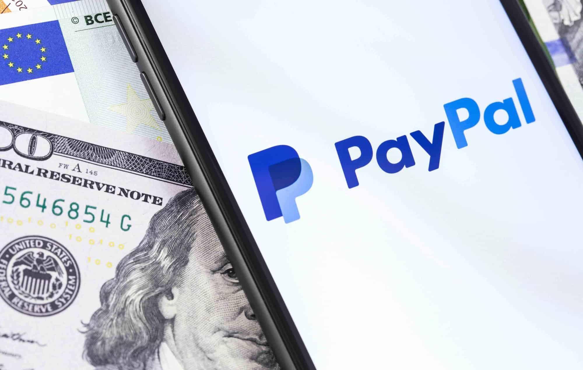 Bitcoin a depăşit pentru prima dată plafonul de de dolari - Finante & Banci - guideco.ro