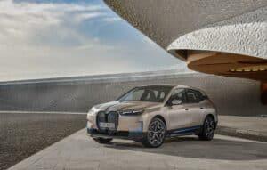 BMW apresenta nova SUV elétrica