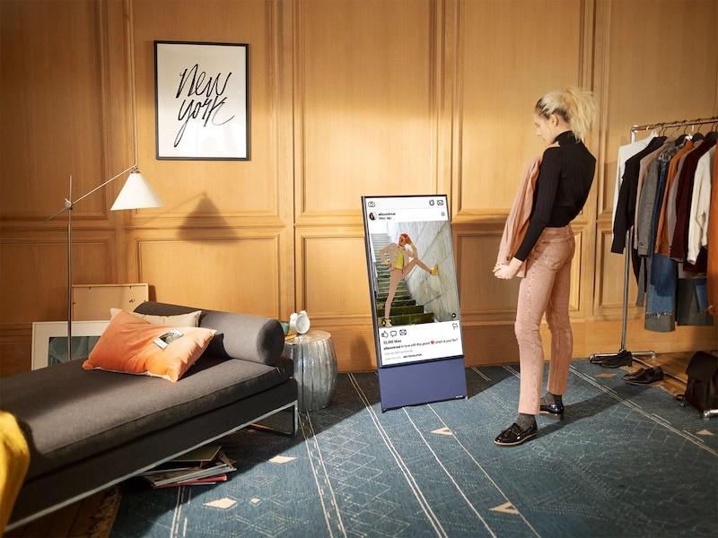 Samsung Sero é uma Smart TV com tela que muda de orientação.