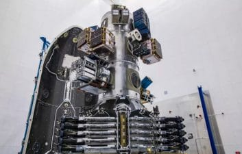 SpaceX rompe el récord de la mayoría de los satélites enviados al espacio en un solo lanzamiento