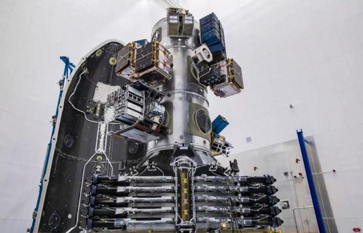 SpaceX bate recorde de maior número de satélites enviados ao espaço em um único lançamento - Olhar Digital