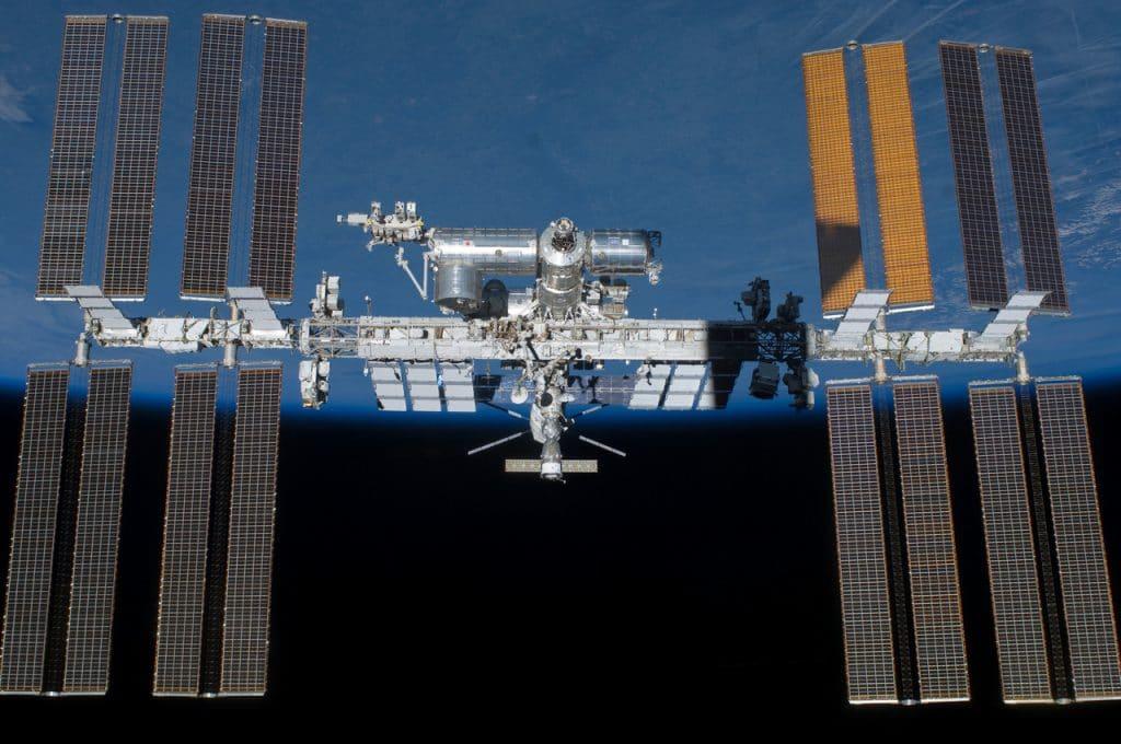 Estação Espacial Internacional em sua configuração atual. O SBC-2 será a segunda geração do projeto a ser instalada a bordo.