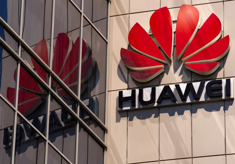 Trump revogará licenças de fornecimento firmadas entre empresas dos EUA e Huawei - Olhar Digital
