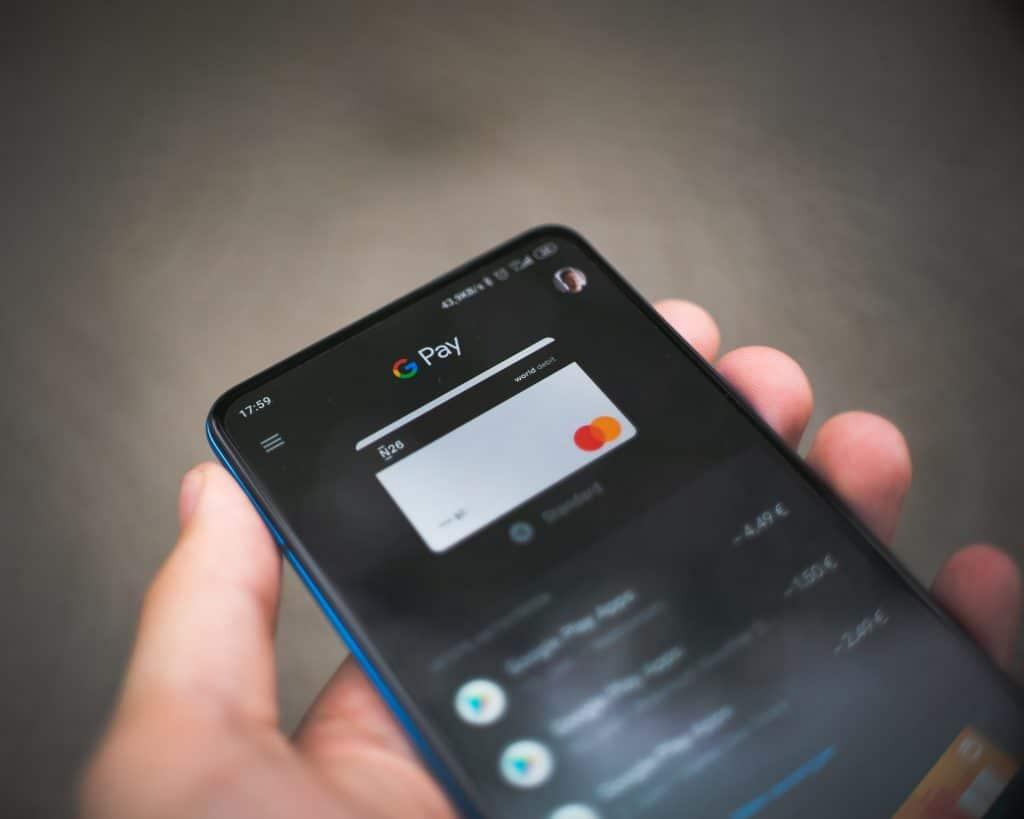 Google pay utiliza tecnologia nfc para pagamentos por aproximação.