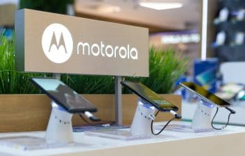 Moto G Pro is the first Motorola device to receive an update for Android 11